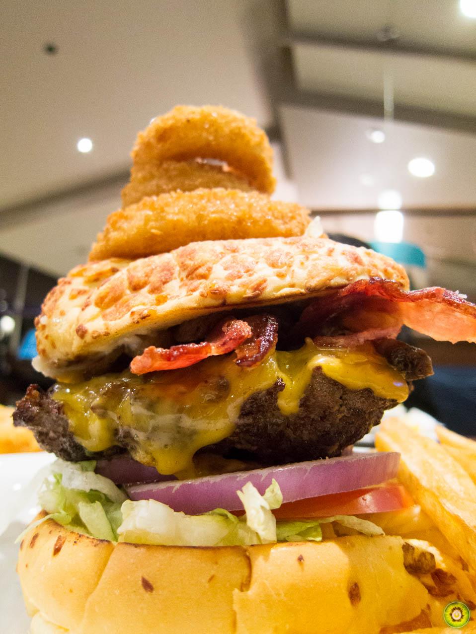 The Ring Burger - Upclose