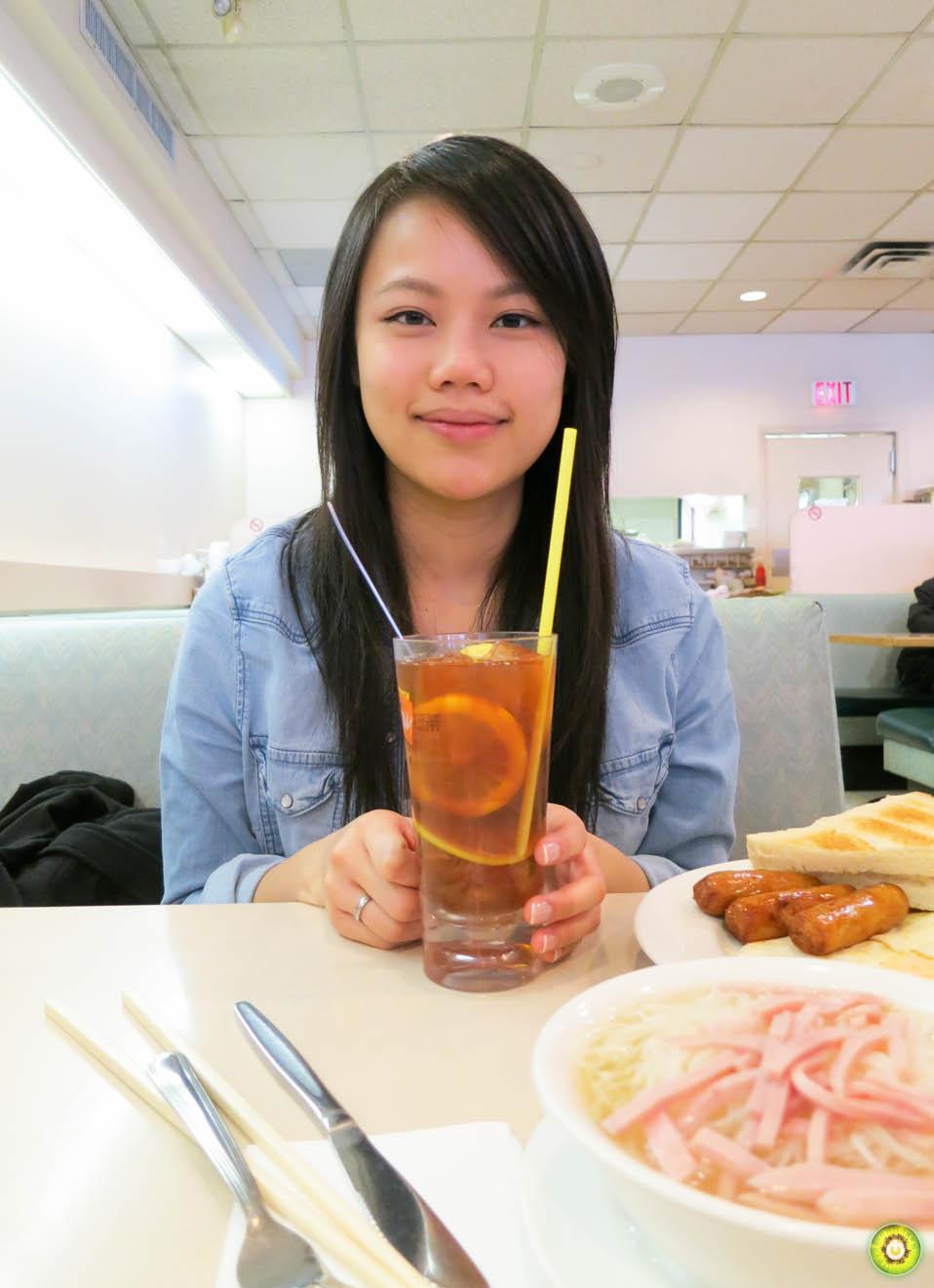hippoCHAN w/ Iced Lemon Tea