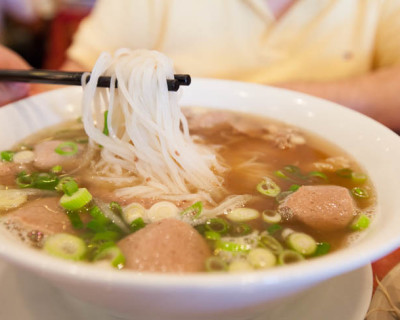 [CLOSED] <strong>Phở Thái Hòa:</strong>  Pho of Cr*p!