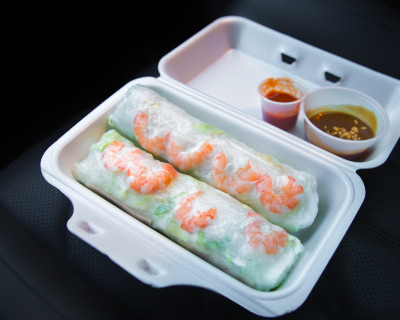 <strong>Pho Ten:</strong> Snacking on Salad Rolls