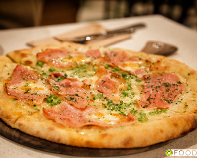 <strong>Pizzeria Bufala:</strong> Napolitana Pizza in Kerrisdale
