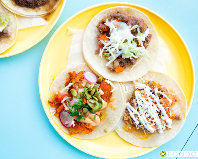 <strong>La Taqueria:</strong> Tacos on Cambie!