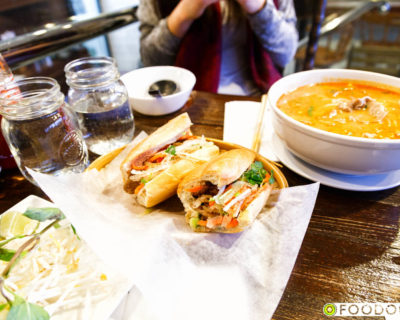 <strong>Baguette Vietnamese Bistro:</strong> Banh Mi &#038; Saté Pho